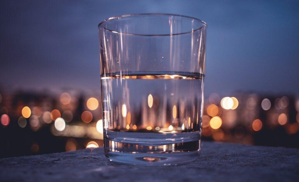 glass half full child